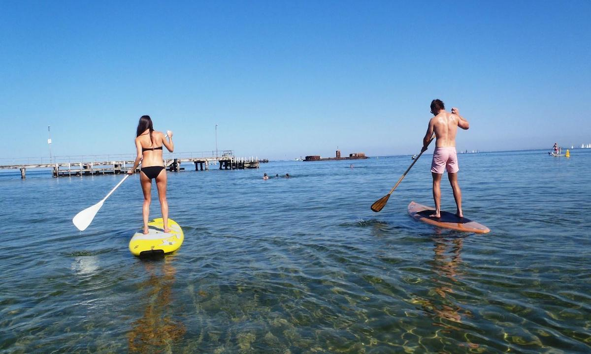 paddle boarding half moon bay australia