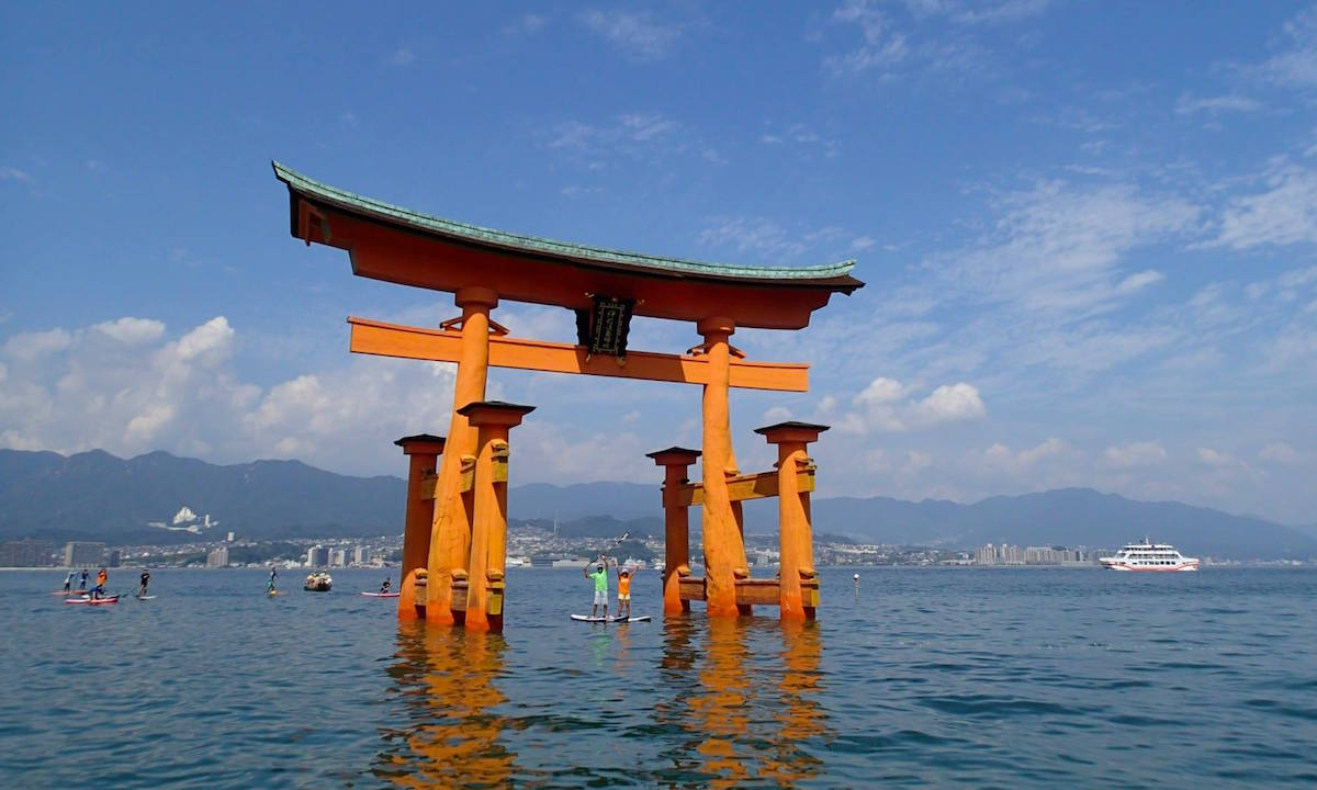 6 places to paddle japan miyajima 4