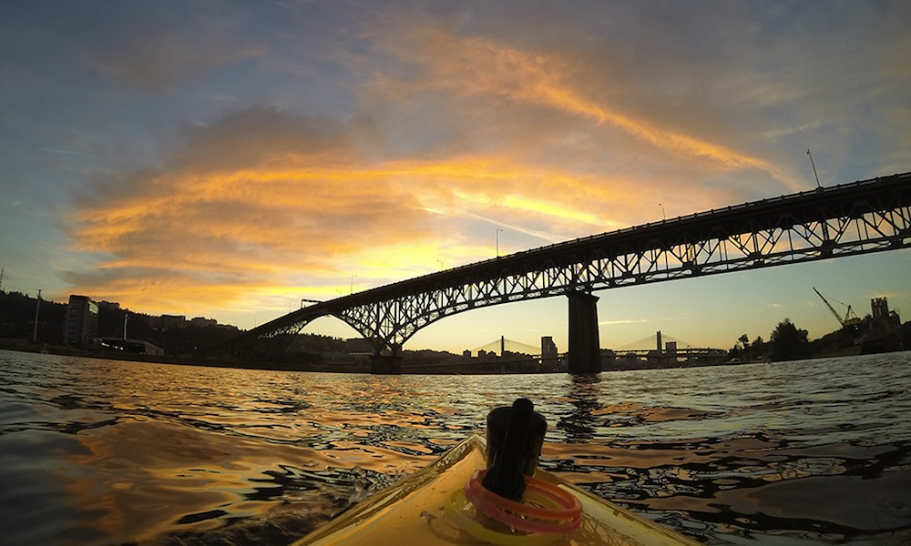 willamette river photo brett downen night paddle 4th of july