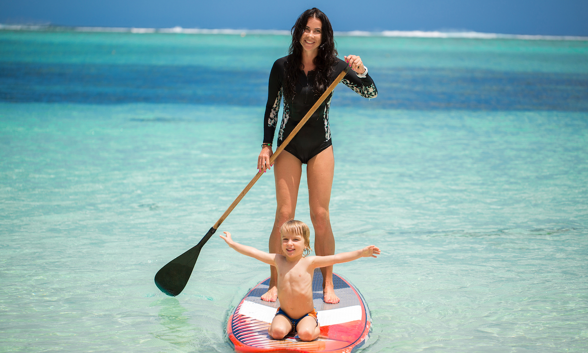 paddle boarding moms