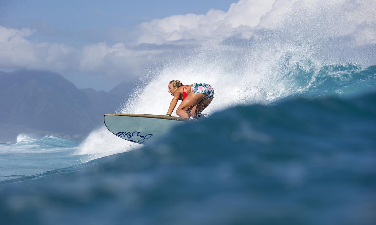surfer sup nutrition izzi gomez