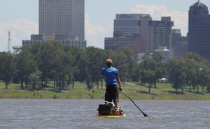 Dave_Cornthwaite_-_Stand_up_Paddleboarding_the_Mississippi_4