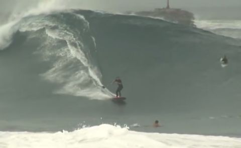 SUP Surfing The Wedge