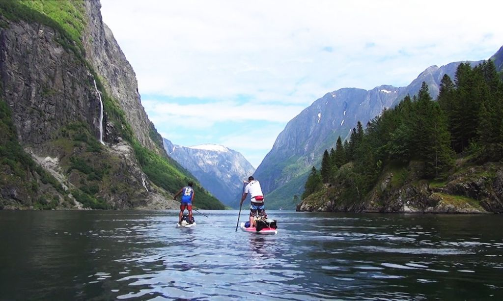 Titus and Sean paddle along the beautiful Sognefjord.