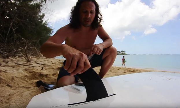 Learn how to properly place the fin on your stand up paddle board.