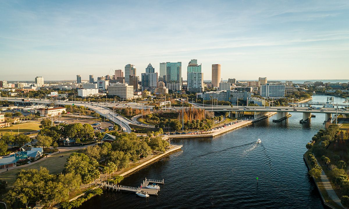 Grandious aerial view over the Hillsborough river leading to downtown Tampa. | Photo: Shutterstock