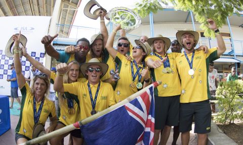Team Australia celebrates winning their fourth Team Gold Medal in the fifth edition of the ISA World SUP and Paddleboard Championship. | Photo: ISA / Sean Evans