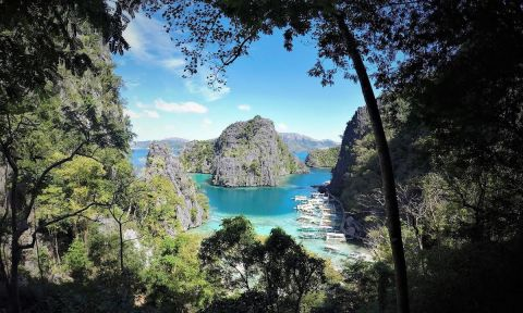 The Palawan Hero Shot. Yes... it really IS this beautiful! | Photo: Chantal Clarke