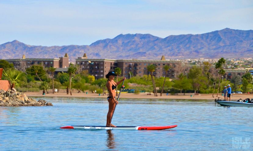 How many calories do you burn while paddleboarding? Find out below.