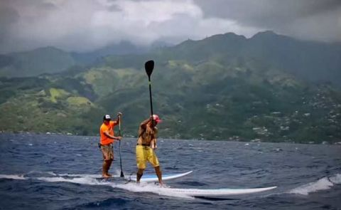 SUP Downwinder In Tahiti