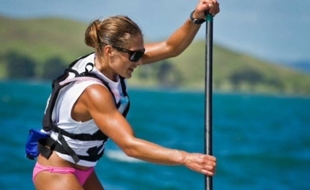 Annabel Anderson Becomes First Woman To Paddle Cook Straight