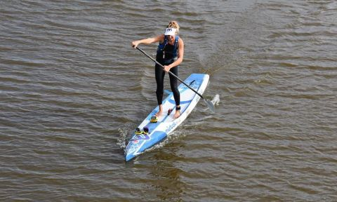 Seychelle Hattingh during her Guinness World Record paddle. | Photo: David Rush