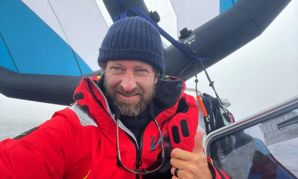 Chris Bertish Temporarily Halts Crossing Due to Gear Issues