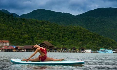 SUP Yoga expert, Dashama Gordon, gives us some insight on how to improve our performance in SUP Yoga.