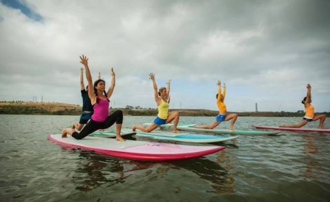 SUP Chicks & Floating Yogis To Host Event