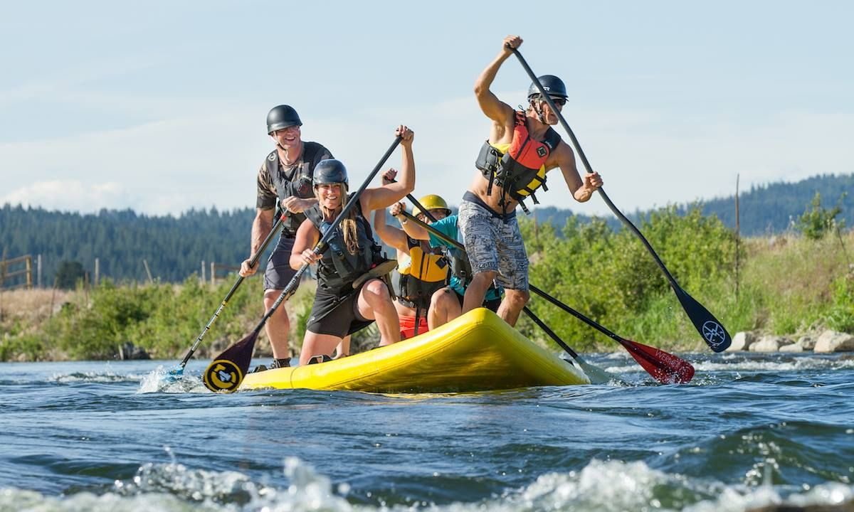 Standup paddlers enjoying a whitewater park in Idaho. | Photo: Shutterstock