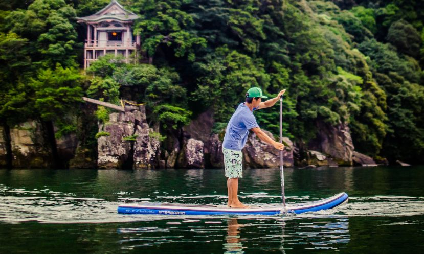 6 Amazing Places To Paddle Board In Japan