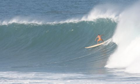 Peruvian surfer Felipe Pomar will be an attendee at the event. | Photo via: Rabbi Shifren