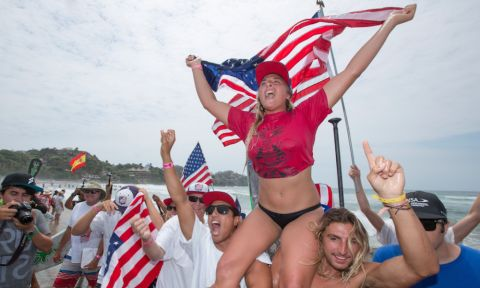 Team USA's 15-year-old Izzi Gomez claimed the first ISA SUP Surfing Gold Medal of the day as well as valuable points for Team USA. | Photo: ISA/Ben Reed