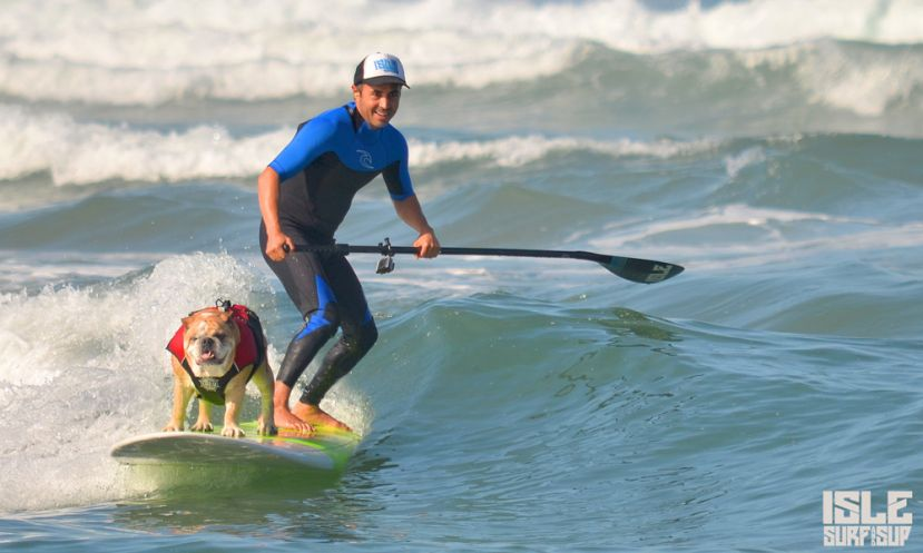 Mark and Dozer surfing. | Photo: Isle Surf & SUP
