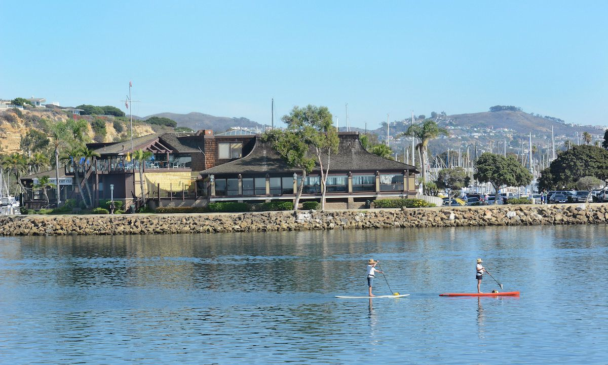 Dana Point Yacht Club in the distance. | Photo: Shutterstock