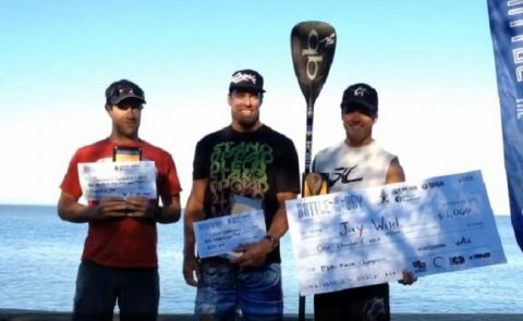 Wild and Zur Win at Battle of the Bay SUP Race