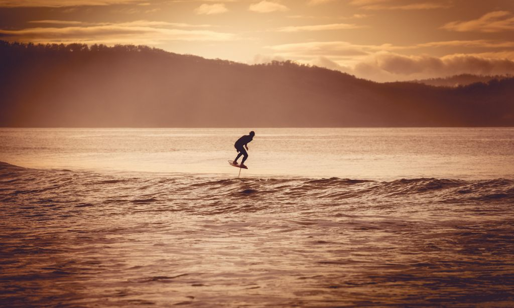 Uncrowded breaks are the best place for foil surfing. | Photo: Shutterstock