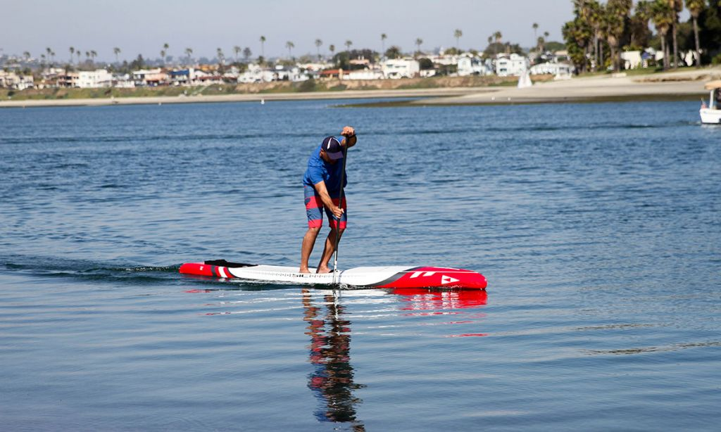 Supconnect's Publisher, Andre Niemeyer, testing the 2020 RS by SIC Maui. | Photo: Supconnect