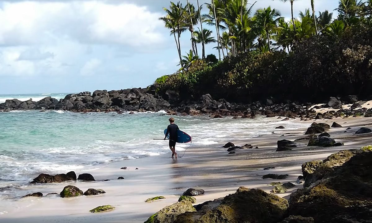 Watch: Hawaiian Getaway with Benoit Carpentier