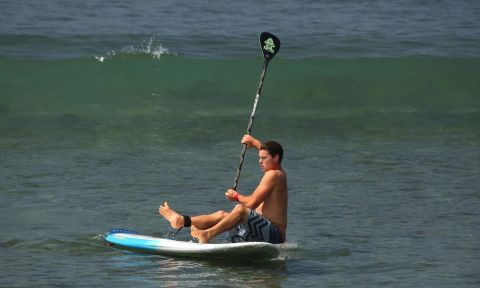 Learn how to fall off your SUP with tips from Sean Poynter.