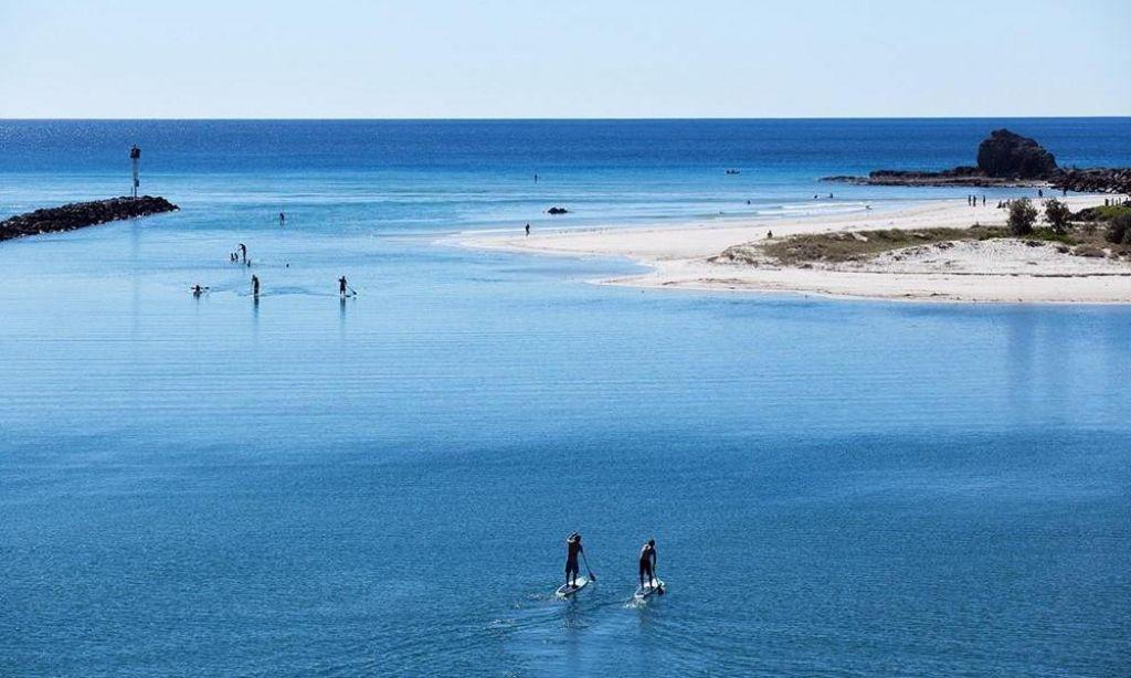 Paddle Boarding, Australia