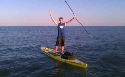Man Conquers Mississippi on Stand Up Paddleboard