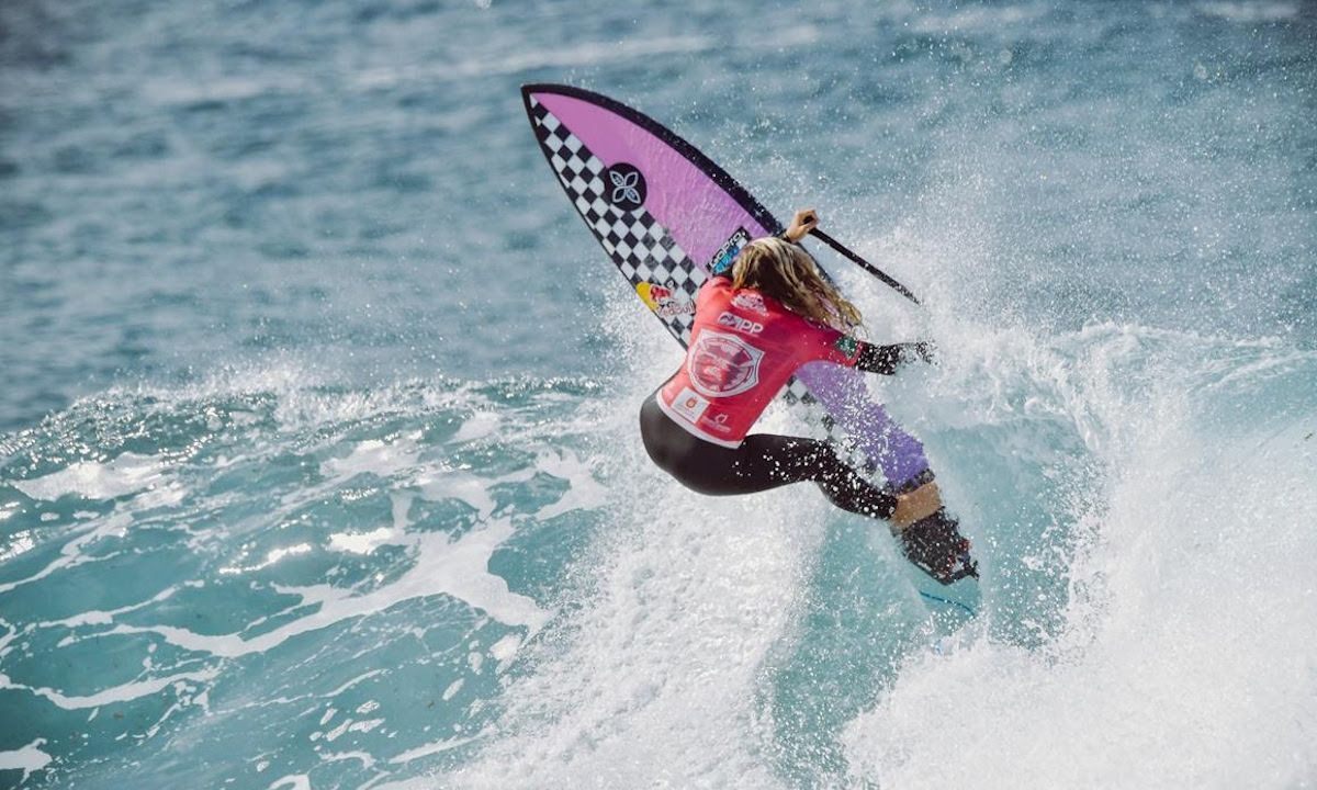 Izzi Gomez, APP 5x World SUP Surfing Champion. | Photo courtesy: APP World Tour