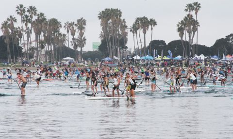 The starting line was packed at the 2016 Hanohano. | Photo: Supconnect