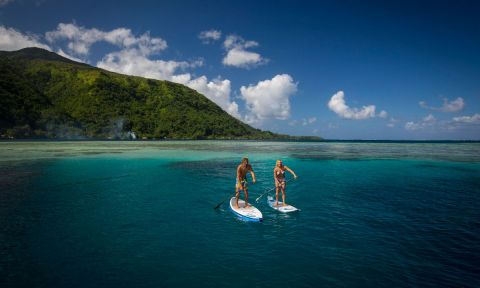 Paddling in Tahiti. | Photo: Starboard / Ben Thouard