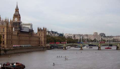 Big Ben Opens Rare Chance to Paddle the Thames