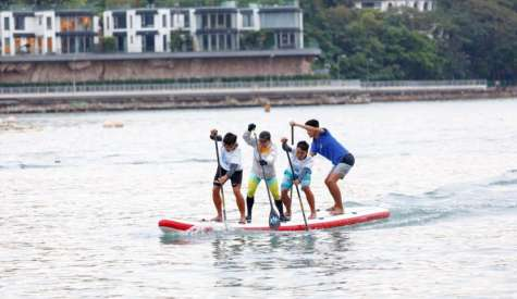 World's First SUP Team Race In Hong Kong