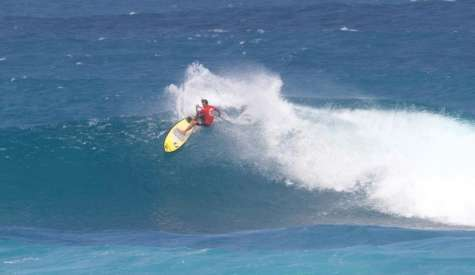 Caio Vaz Takes Victory At 2016 Sunset Beach Pro In Harsh Conditions