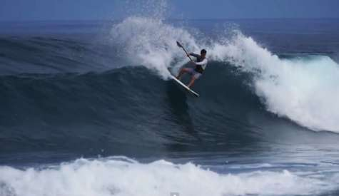 Mo Freitas: Crazy SUP Surfing In Hawaii